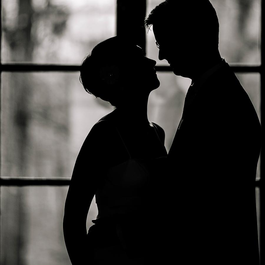 Uganda dating webbplatser Mariefred. Naken ryska dating